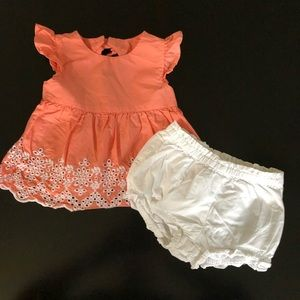 Eyelet Coral outfit , size 18-24 months